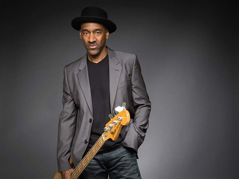 https://www.amazon.com/Marcus-Miller/e/B000APXTVW